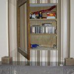Timmerwerken binnen - Kastje ophangen