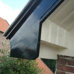 Timmer- en schilderwerken windveren dak - na reparatie